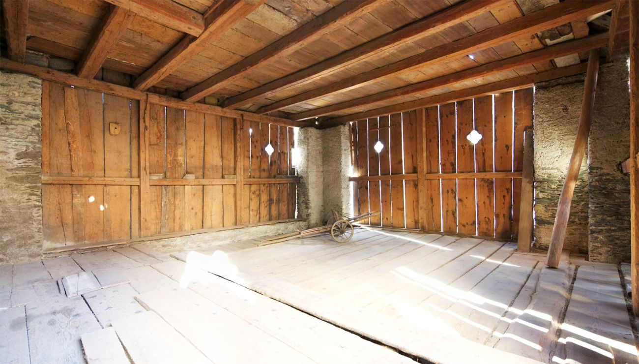 Grosszügige Ateliers oder Lagerräume in Tamins
