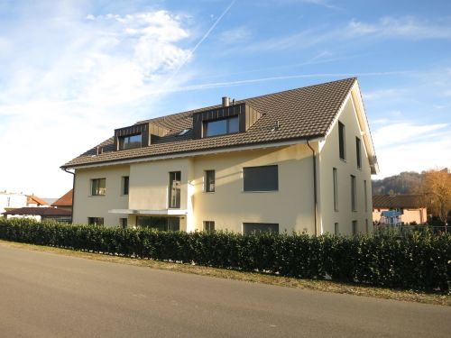 3.5-Zimmer-Dachwohnung mit Blick auf die Habsburg