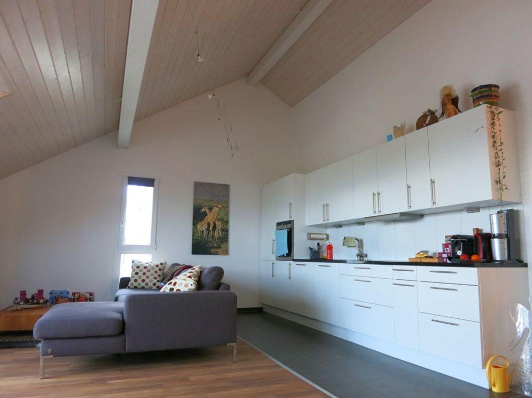 Exklusive 3.5-Zimmer-Dachwohnung mit Blick auf die Alpen