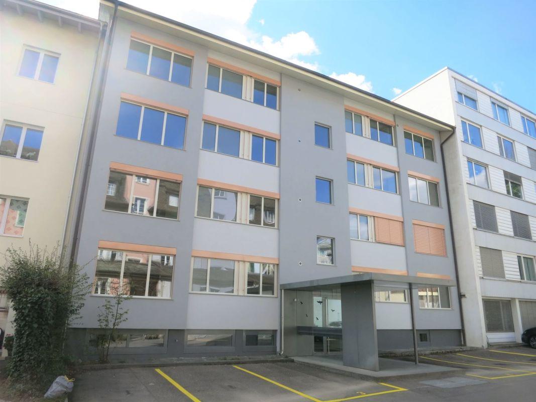 Geräumige 3.5-Zimmer-Wohnung an bester Zentrumslage in Brugg