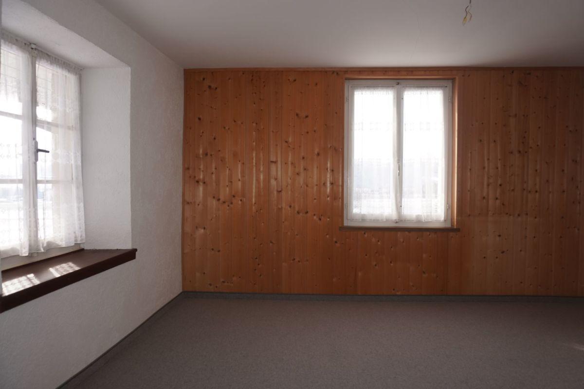 Gmüetlichs 5.0-Zimmer-Knusperhüsli für en jungi Familie und/oder Tierliebhaber