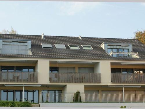 Traumhafte 3.5-Zi-Dachwohnung zentral gelegen in ländlicher Umgebung