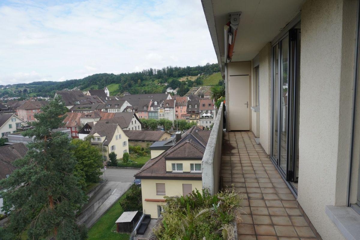 Im Zentrum und über den Dächern von Brugg