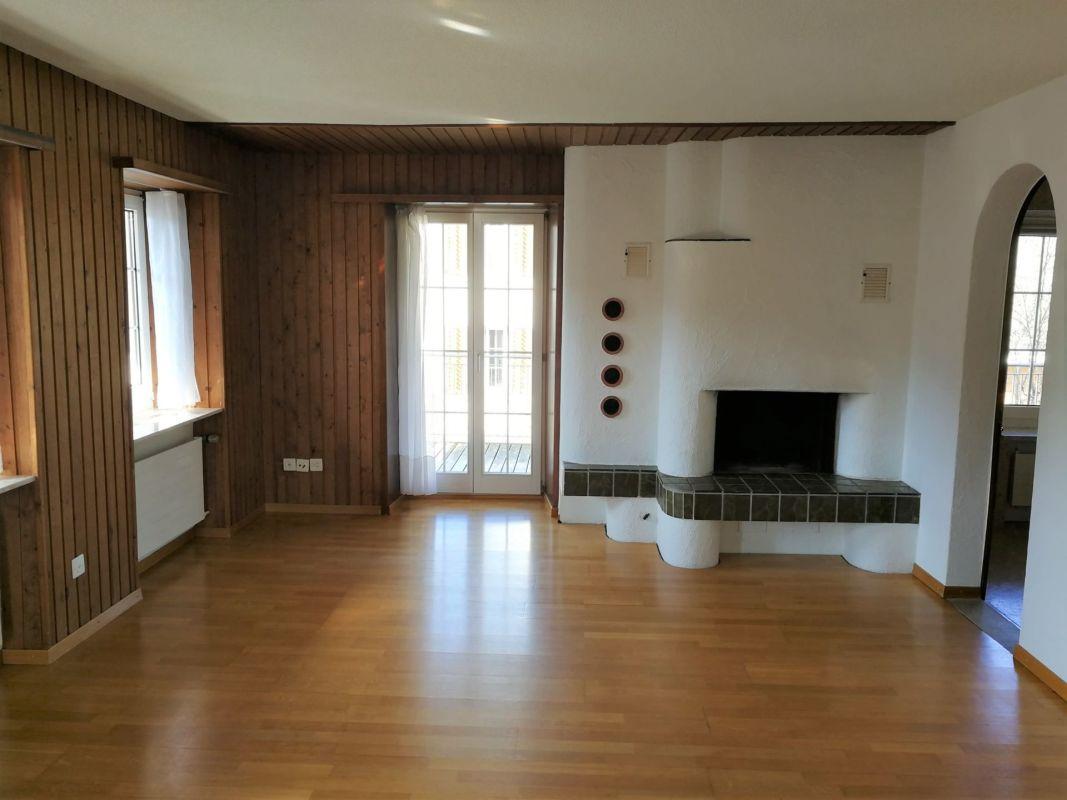 Preiswerte 2.5-Zimmer-Wohnung in Bahnhofsnähe