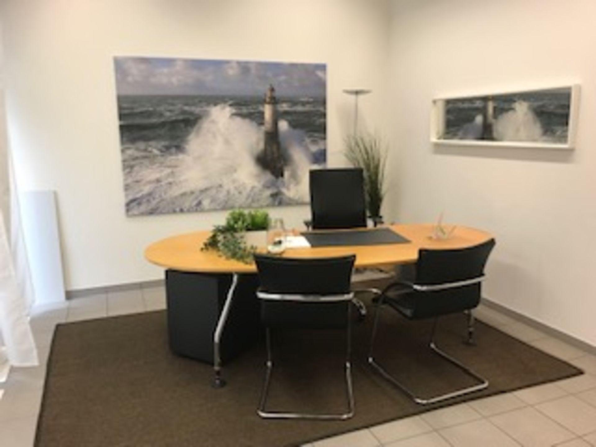 Miete: Büro, Praxis vis à vis Bahnhof