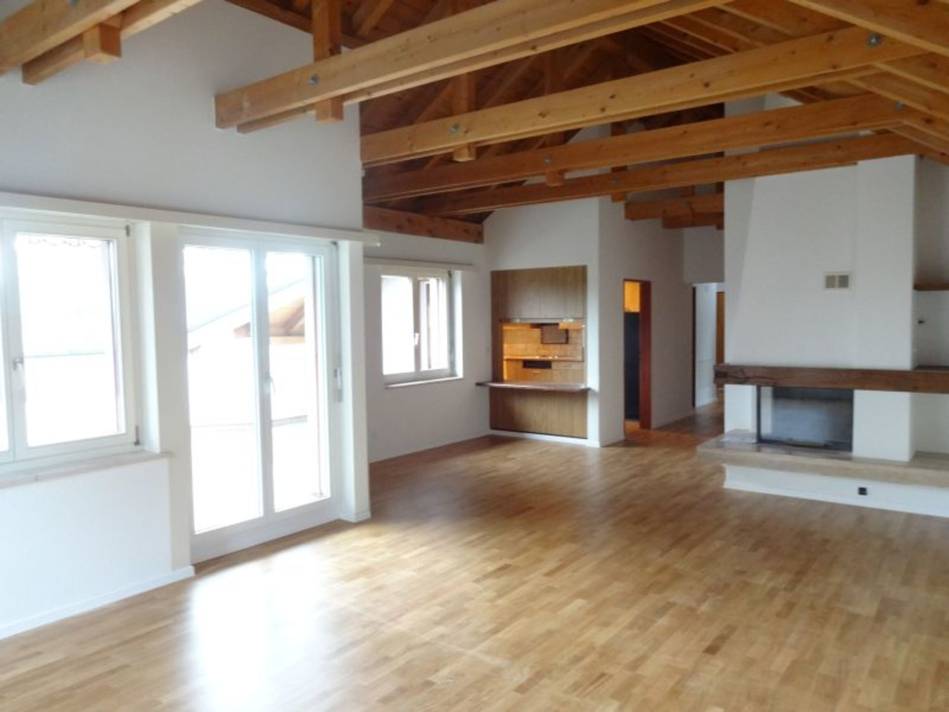 Miete: Wohnung mit grossartigem Ausblick