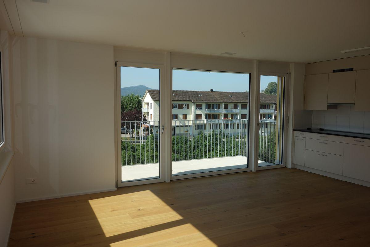 Miete: modere Wohnung mit guter Sonnenausrichtung