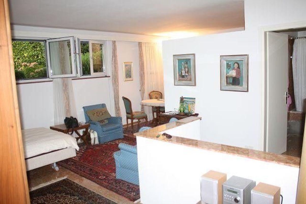 1 5 zimmer wohnung zum kaufen in ascona. Black Bedroom Furniture Sets. Home Design Ideas