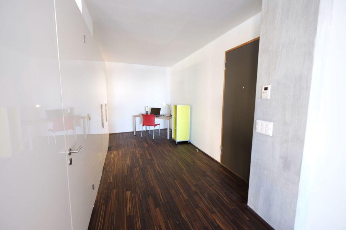 2 zimmer duplex zum kaufen in wohlen ag. Black Bedroom Furniture Sets. Home Design Ideas