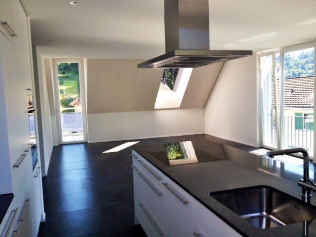5 5 zimmer wohnung zum mieten in kollbrunn. Black Bedroom Furniture Sets. Home Design Ideas