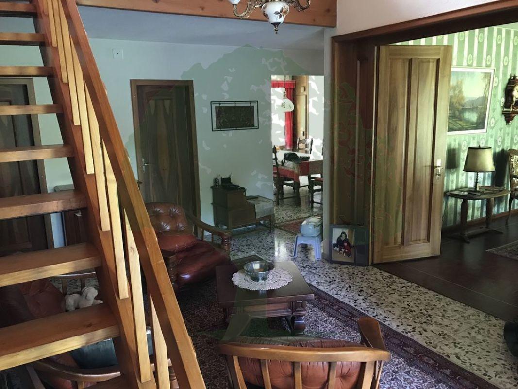 9 zimmer einfamilienhaus zu kaufen in porrentruy icasa for Pramierte einfamilienhauser