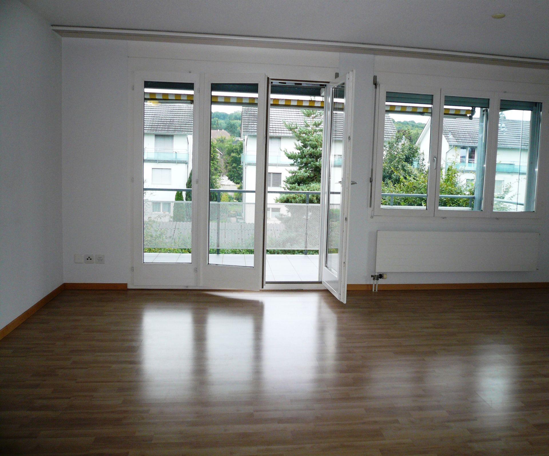 Kauf: Lichtdurchflutete Wohnung