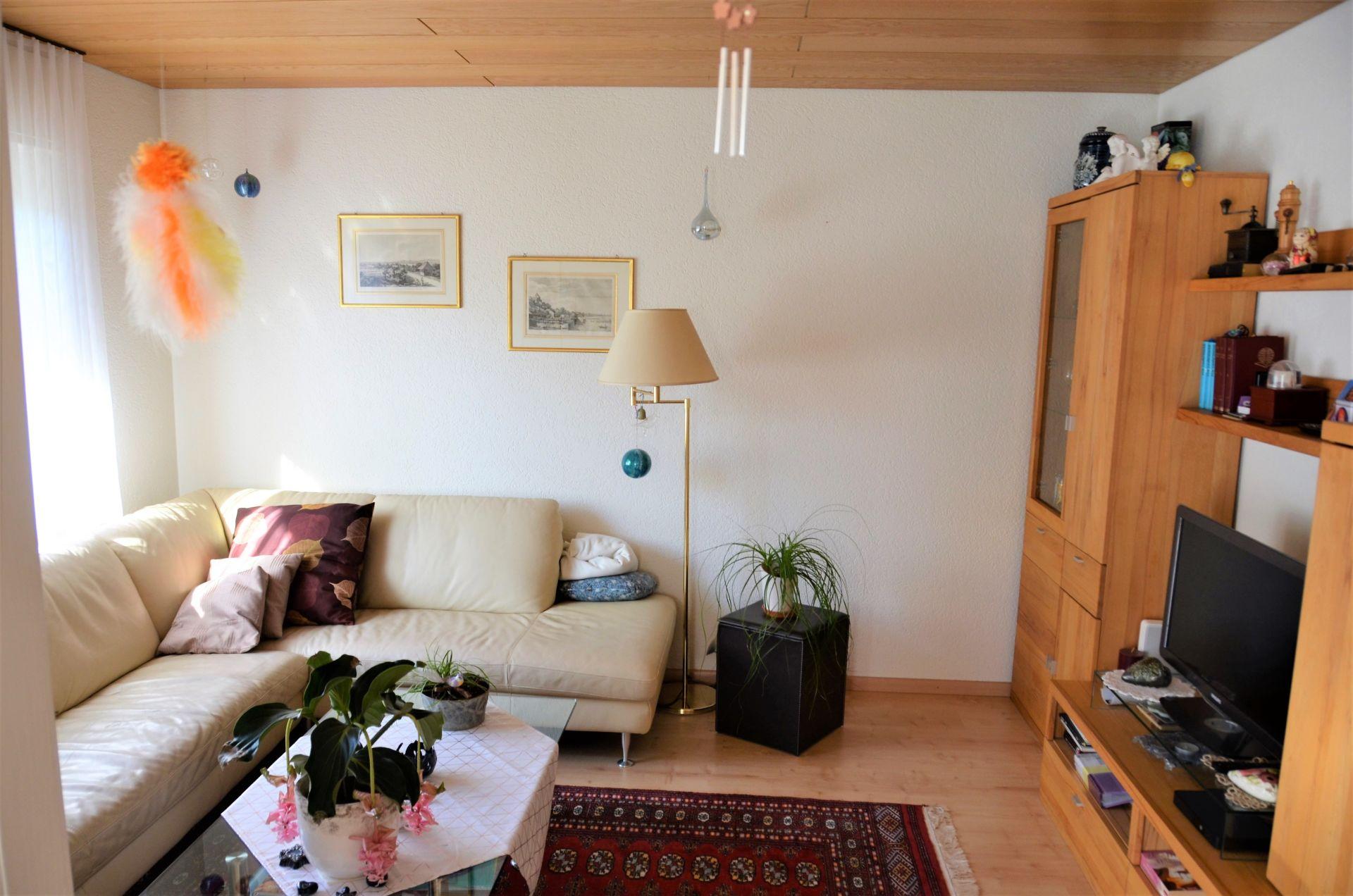 Wohnzimmer angrenzend zum Esszimmer
