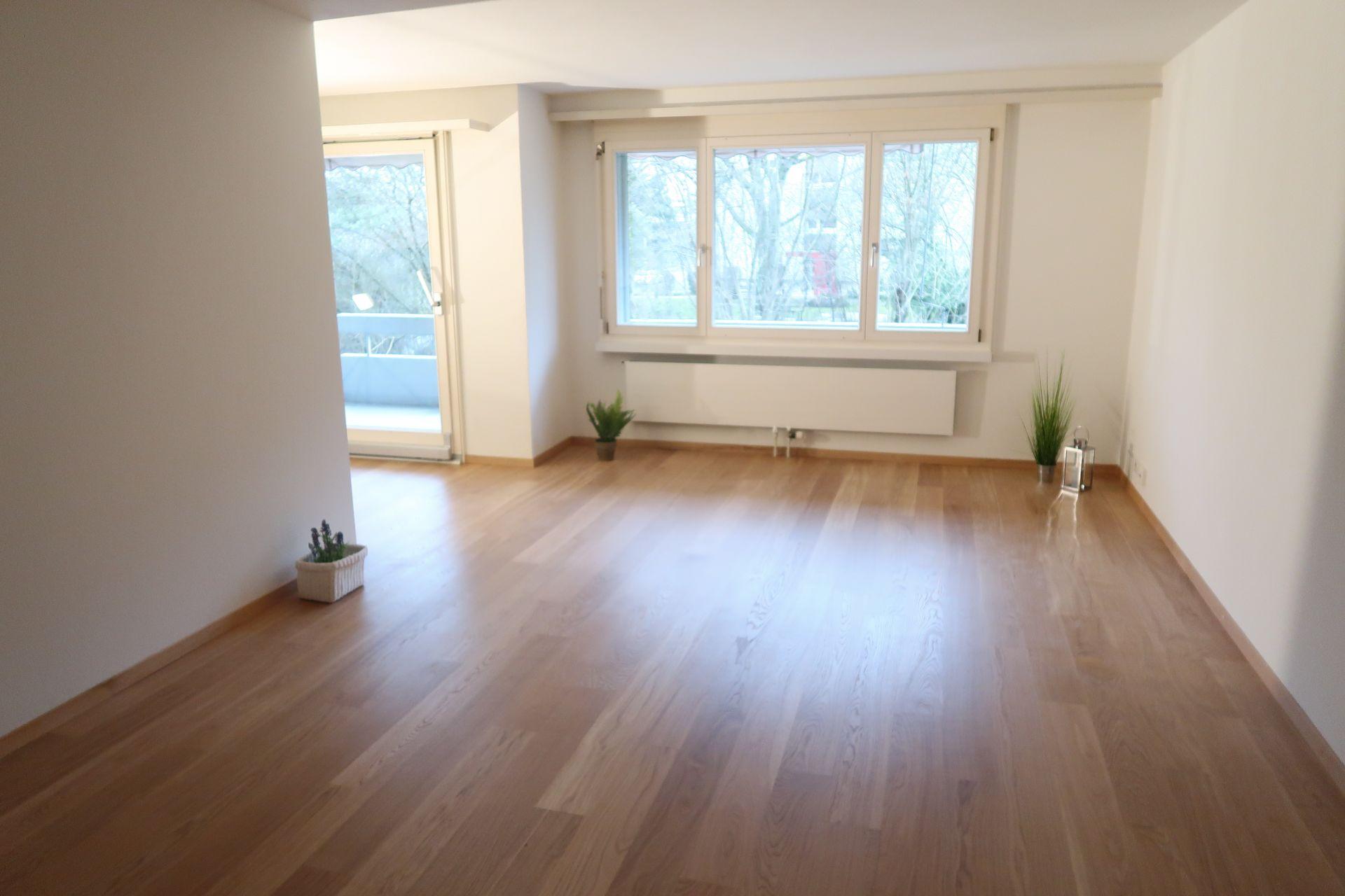 Miete: helle Wohnung in Herblingen